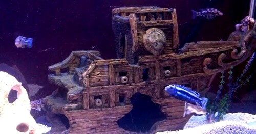 shipwreck-aquarium-decorations-1